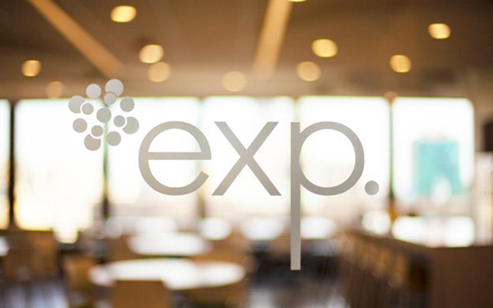 EXP encourage les génies de demain en offrant une bourse